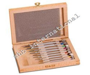 Screw Driver Set Of 9 In Wooden Box